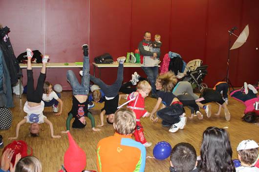Die Breakdance Gruppe der Adolph-Schönfelder-Schule