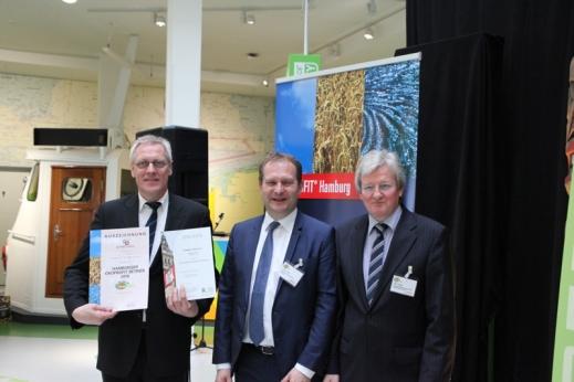 Überreichung der ÖKOPROFIT- und der UmweltPartnerschaftsurkunden mit Umweltsenator Jens Kerstan und dem stellvertretenden Landrat des Landkreises Harburg Uwe Harden